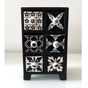 Scandinavian Black 6-Drawer Ceramic Jewelry Chest